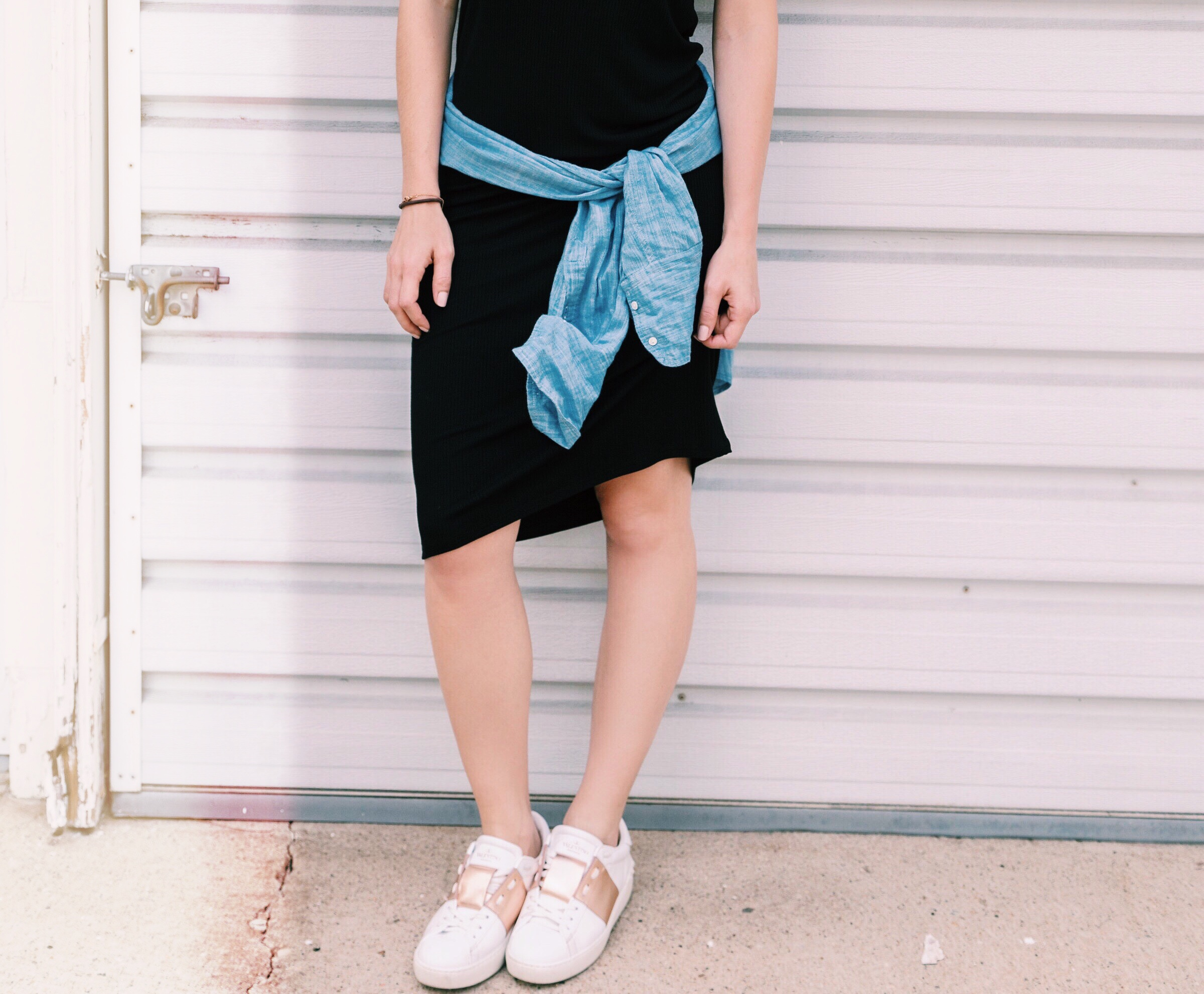 sneakers, summer style, summer fashion, summer sneakers, summer tennies, comfortable footwear, comfortable shoes, cute tennis shoes